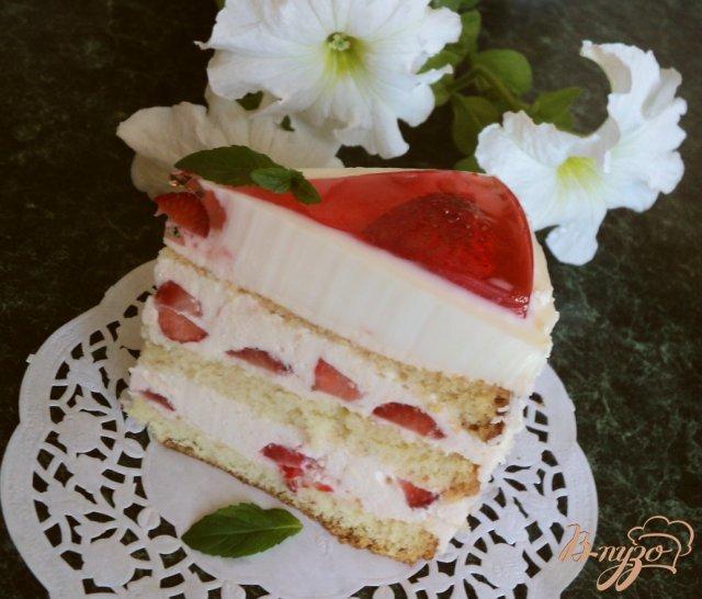 Фото приготовление рецепта: Торт «Красное и белое» шаг №14