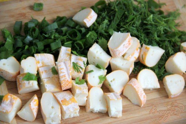Фото приготовление рецепта: Кассероль из кабачков, хлеба и сыра шаг №4