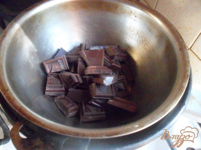 Фото приготовление рецепта: Бананы в шоколаде шаг №3