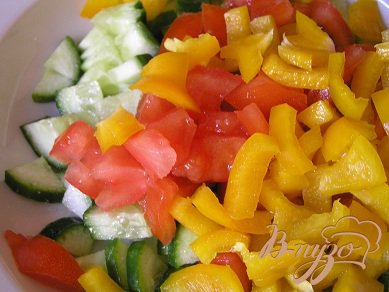 Овощной салат с каперсами