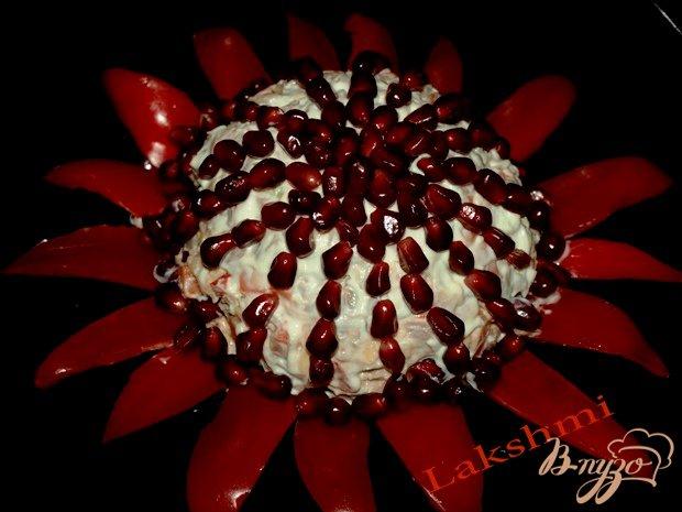 Рецепт Вкусный салат «Аленький цветочек»