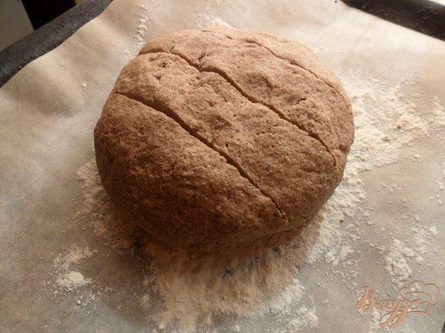 Фото приготовление рецепта: Пшеничный хлеб с льняной мукой шаг №4