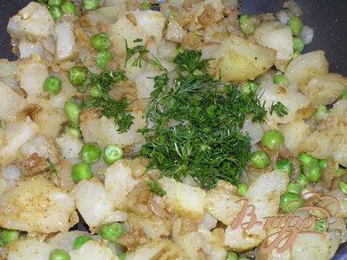 Самоса с картофелем и зеленым горошком