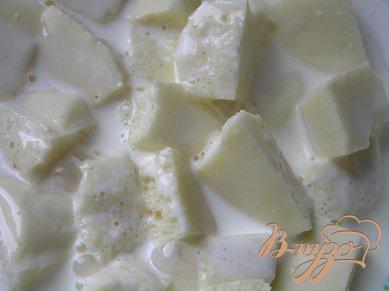 Блинчики с маскарпоне, малиной и белым шоколадом