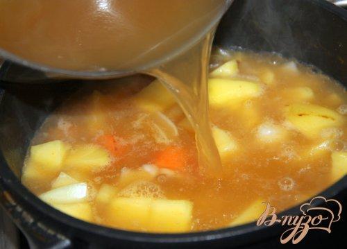 Зимний картофельный суп-толчeнка с квашеной капустой из баварских Альп