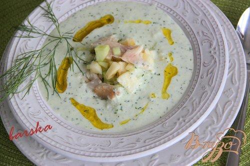 Йогуртовый холодный  суп с копченой форелью