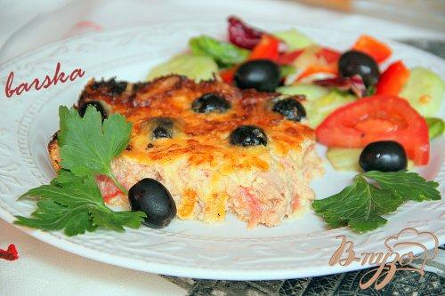 Клафути из тунца и помидор с маслинами