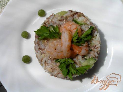 Суши-салат с креветками и тунцом