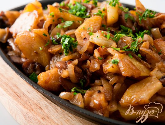 Рецепт Картошка жаренная с грибами.