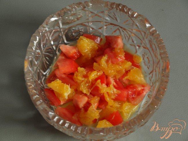 Фото приготовление рецепта: Сальса из апельсина и помидора шаг №1