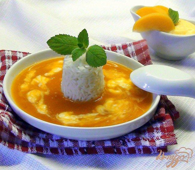 Фото приготовление рецепта: Фруктовый суп-пюре с заварным соусом и рисом. шаг №7