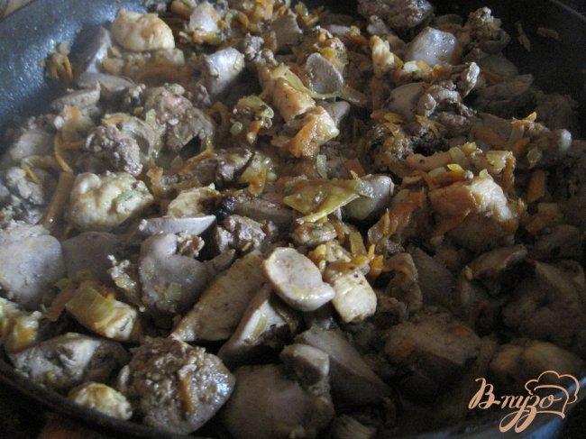 Фото приготовление рецепта: Куриный паштет шаг №7