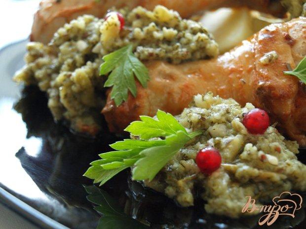 фото рецепта: Пикантный соус к мясу из крыжовника