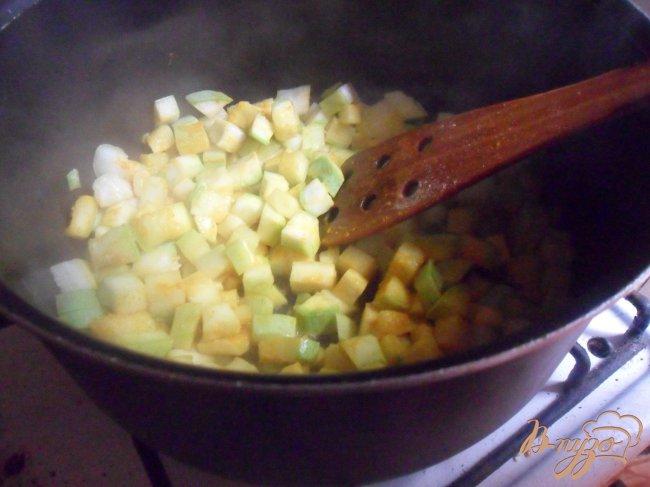 Фото приготовление рецепта: Кабачковый суп - пюре шаг №3