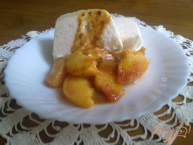 Рецепт Парфе из йогурта с жареными персиками