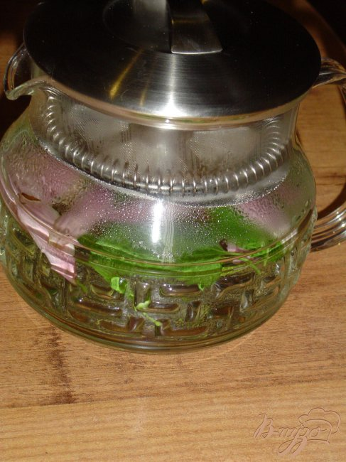 Фото приготовление рецепта: Чай мятный с цветами эхинацеи шаг №3