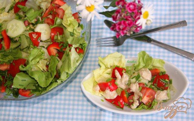 Рецепт Салат из свежих овощей с острой пармезановой заправкой