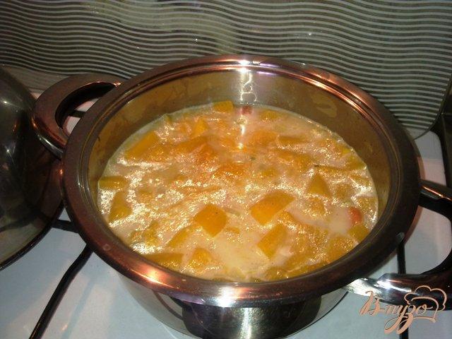 Фото приготовление рецепта: Суп-пюре из тыквы шаг №3