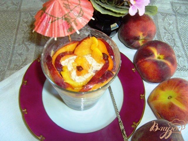 Фото приготовление рецепта: Персиковый десерт шаг №4