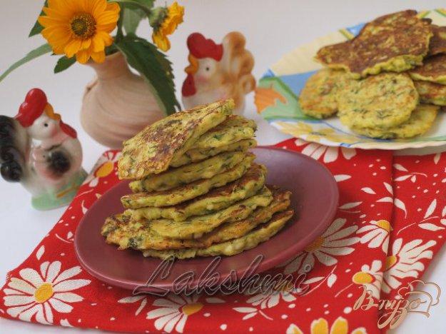 Рецепт Кабачковые оладьи с адыгейским сыром