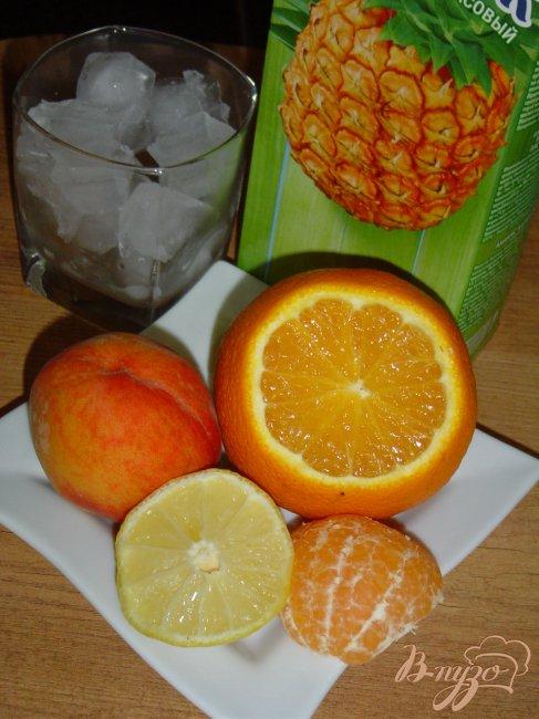 Фото приготовление рецепта: Коктейль «Лето на Багамах» шаг №1