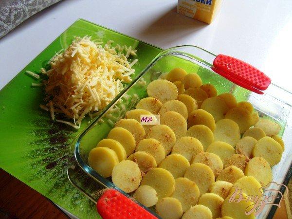 Фото приготовление рецепта: Картофельный гратен дофинуа шаг №1
