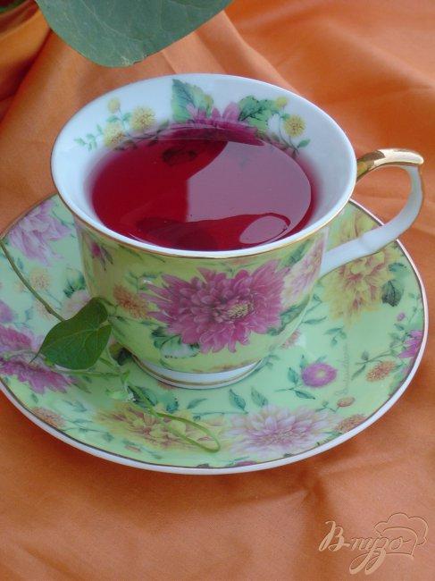 Фото приготовление рецепта: Чай «Фруктово-ягодная песня» шаг №3