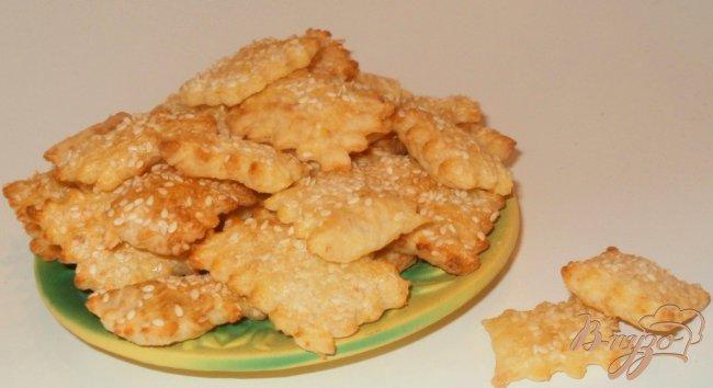 Фото приготовление рецепта: Сырные крекеры шаг №8