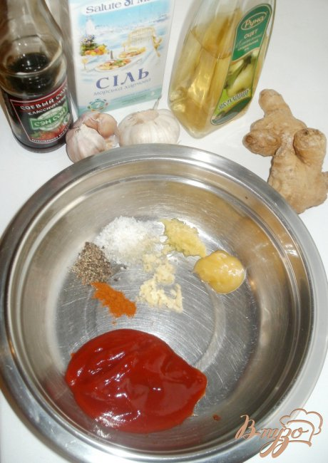 Рецепт из помидор огурца и колбасы