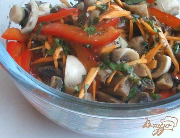 Рецепт Маринованные шампиньоны с овощами и тмином