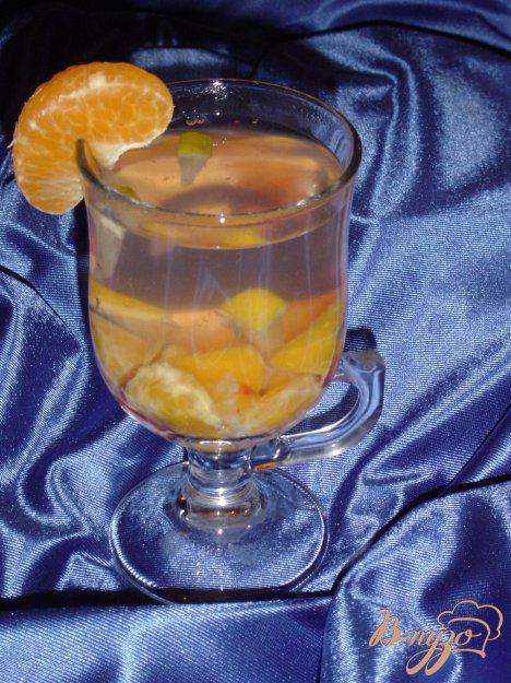 Рецепт Горячий напиток из слив,мандарина и лимона.