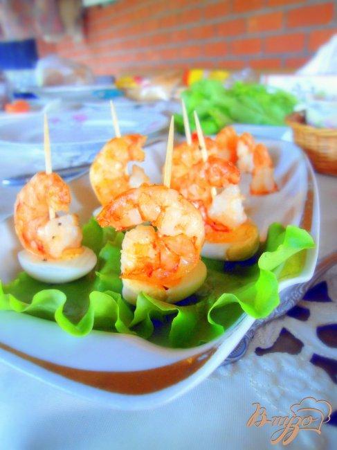 Фото приготовление рецепта: «Кораблики» из креветок, детская закуска. шаг №6