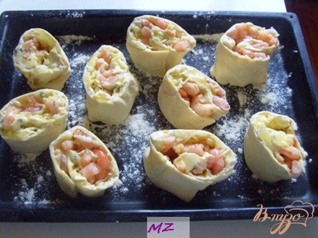 Фото приготовление рецепта: Завитушки с креветками шаг №6