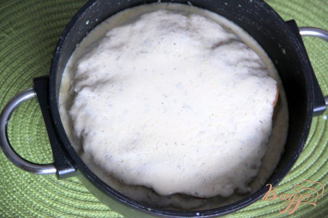 Фото приготовление рецепта: Блинчатый каравай с капустой шаг №6