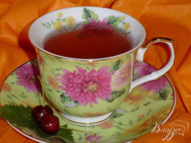 Рецепт Чай зеленый с персиком, вишней и мятой