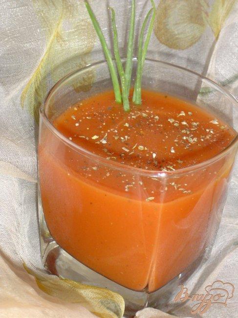 Фото приготовление рецепта: Томатно-апельсиновый напиток шаг №2