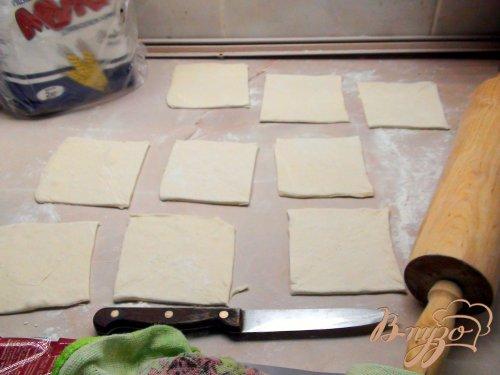 Пирожки из слоёного теста с рыбой, для фуршета «От нашего столика - вашему!»