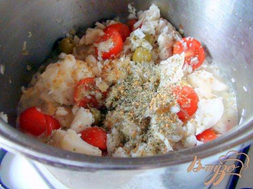 Букатини с рыбным рагу. Паста с рыбным соусом.