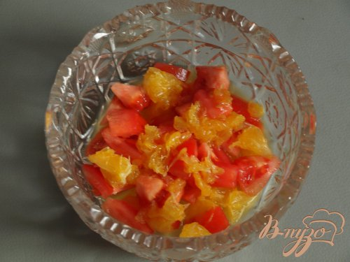 Сальса из апельсина и помидора
