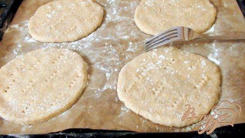 Сырные лепёшки из цельнозерновой муки с ДорБлю на кефире.