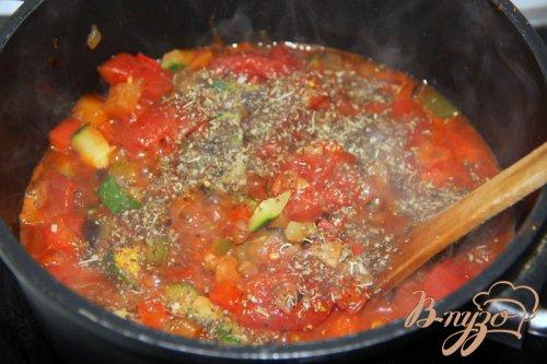 Спагетти под овощным Bolognese