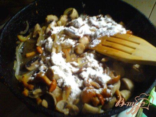 Запечённый картофель с грибным рагу