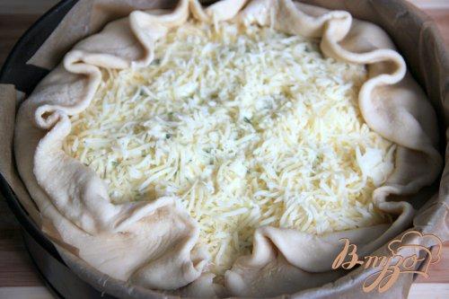 Пирог с молодой капустой и зернистым творогом