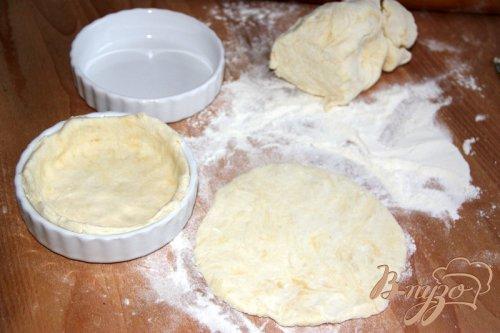 Творожные корзиночки с ореховой начинкой под безе