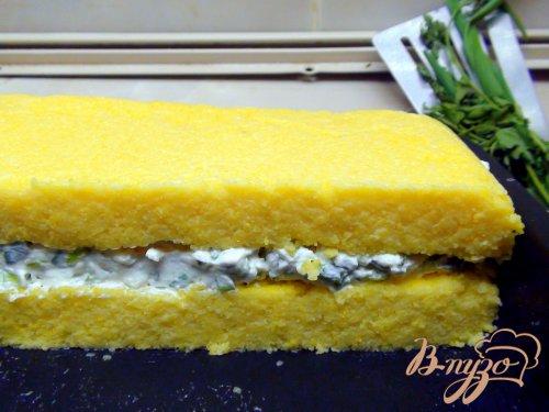 Полента с сыром и зеленью.