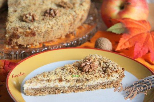 Рассыпчатый яблочно-творожный пирог с орехами