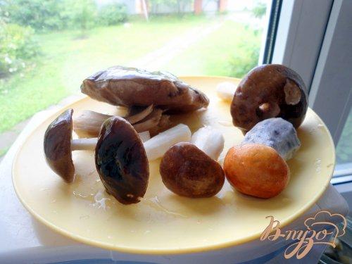 Печень с грибами и сметаной.