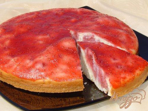 Заливной клубничный пирог