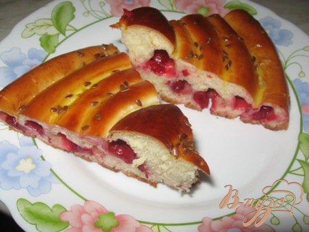 Рецепт Кольцевой пирог с вишней