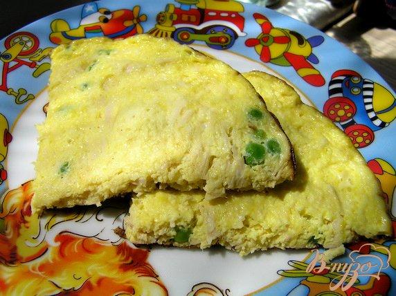 Рецепт Омлет с курицей, сыром и зеленым горошком